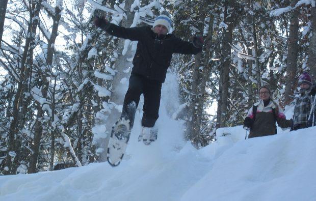 schneeschuh-wanderung-reit-im-winkl-abenteuer