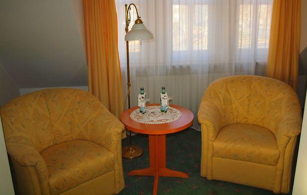 kuschelwochenende-schmoelln-lounge