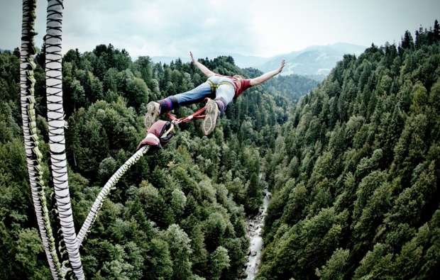 bungee-jumping-lingenau-sprung