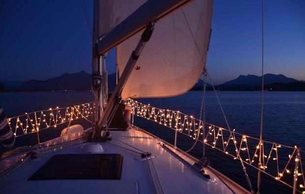 segeltoern-romantisch-chiemsee-friedlich