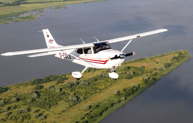 flugzeug-selber-fliegen-uetersenheist