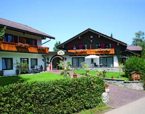 2x2 Übernachtungen inkl. Erlebnis - Alpenhotel Dora - Ofterschwang Alpenhotel Dora