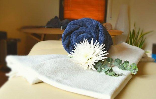 ganzkoerpermassage-eppelheim-wellnesstag
