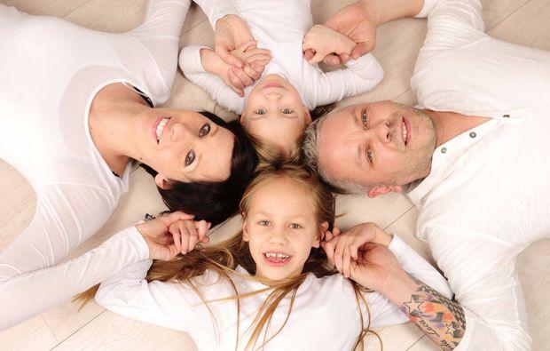 familien-fotoshooting-duesseldorf-familienfoto