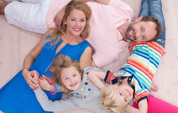 familien-fotoshooting-duesseldorf-gemeinsam