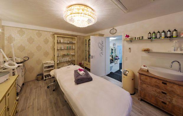 wellnesstag-fuer-zwei-rosenfeld-massage