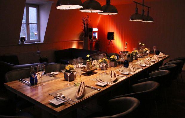 candle-light-dinner-fuer-zwei-leipzig-tafel