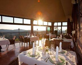 Kuschelwochenende (Voyage d´Amour für Zwei) Eisenach Hotel auf der Wartburg - Abendessen