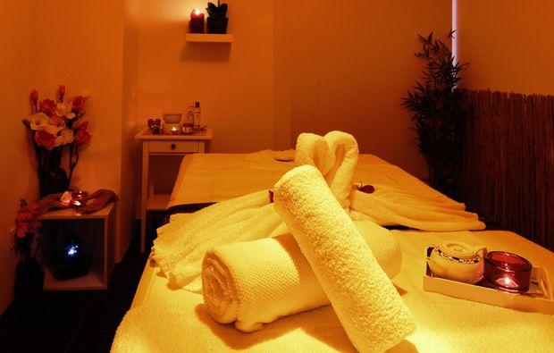 hot-stone-massage-ismaning-geschenkidee