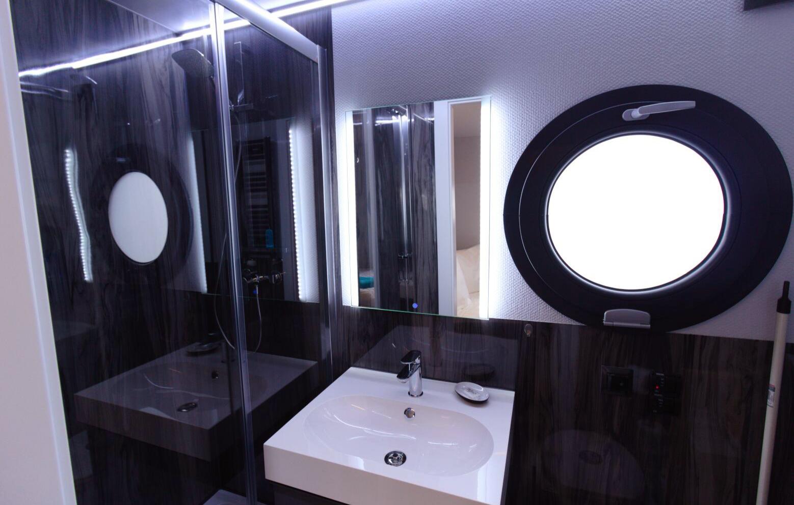 hausboot-uebernachtung-o-sauna-3-tage-2-uen-2-personen-bg2