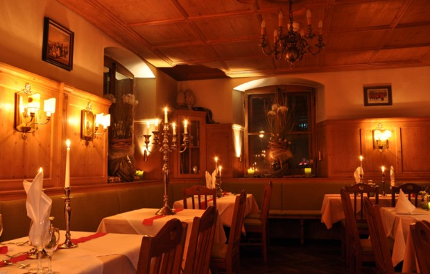 candle-light-dinner-deluxe-muenchen-romantik