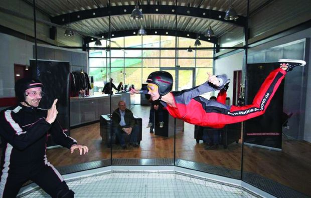 indoor-skydiving-windtunnel-bottrop-action