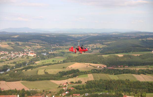 tragschrauber-rundflug-bayreuth-gyrocopter-rot-landblick-3