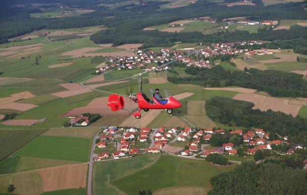 tragschrauber-rundflug-bayreuth-gyrocopter-rot-landblick-7