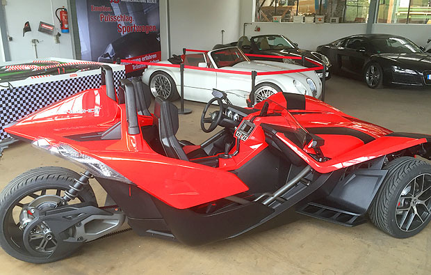 polaris-slingshot-moembris1483957075