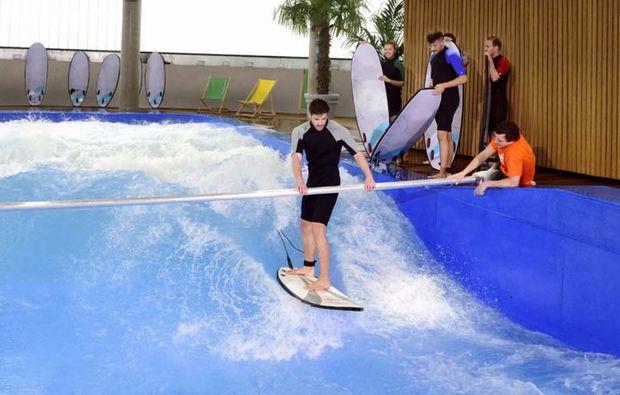 bodyflying-indoor-surfen-muenchen-training