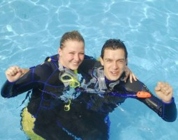tauchschnupperkurs-pool-1