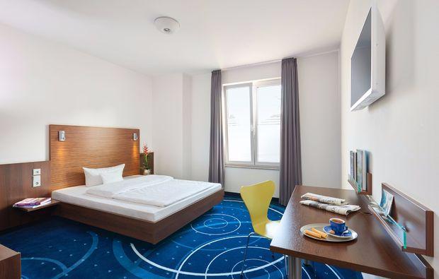 wellness-wochenende-deluxe-ludwigsburg-schlafzimmer