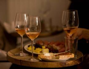 Südafrikanische Weinverkostung in München Südafrikanischer Weinabend mit 6 Weinen und Fingerfood