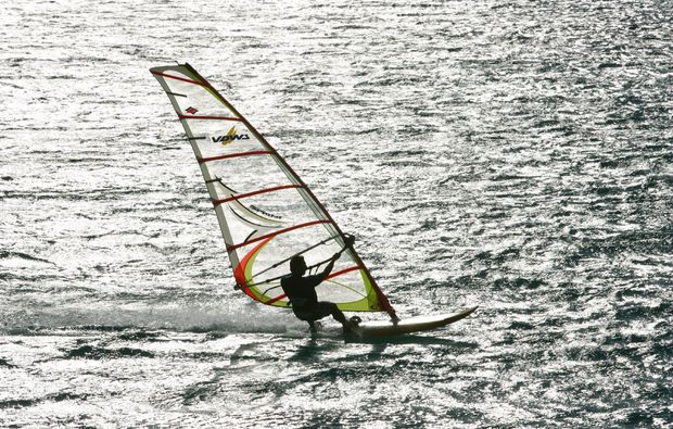 windsurf-schnupperkurs-schubystrand-damp-schnell