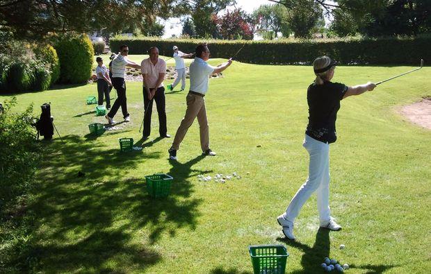golfkurs-zur-platzreife-bitche-golf