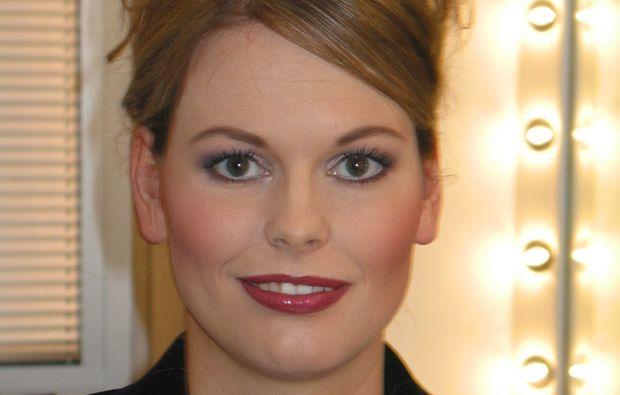 make-up-beratung-in-der-gruppe