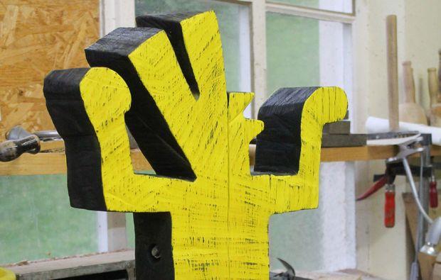 klassischer-bildhauer-workshop-neckartenzlingen-holz