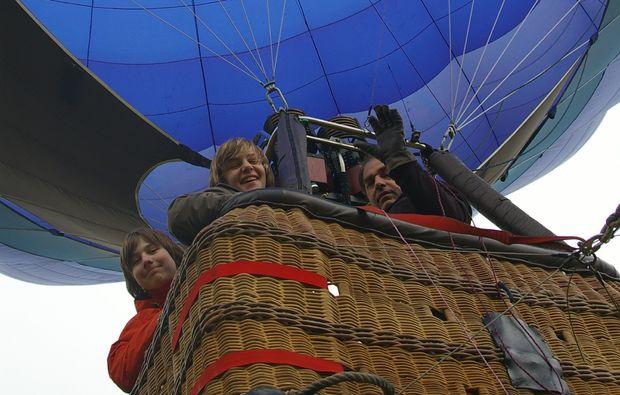 ballonfahrt-duisburg-neumuehl-abheben