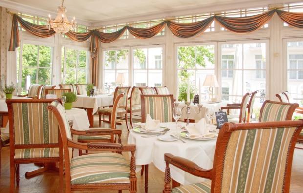 kurzurlaub-meer-seebad-heringsdorf-restaurant