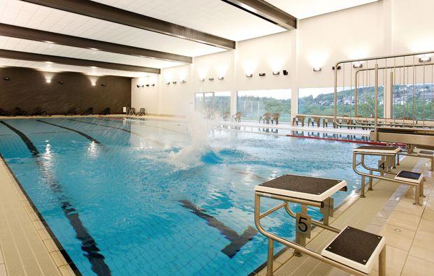 wellnesshotels-winterberg-schwimmbad