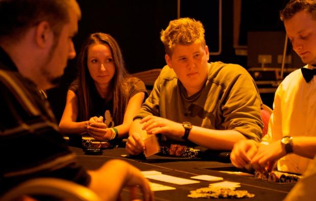 poker-lernen-schnupperkurs-koeln-einsatz