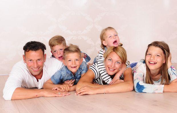 familien-fotoshooting-luebeck-lustig