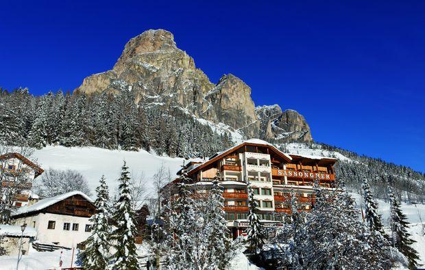 wellnesshotels-corvara-winter