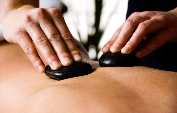 massage-hot-stone-wiesbaden