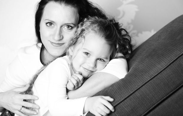 familien-fotoshooting-muenchen-mutter-tochter