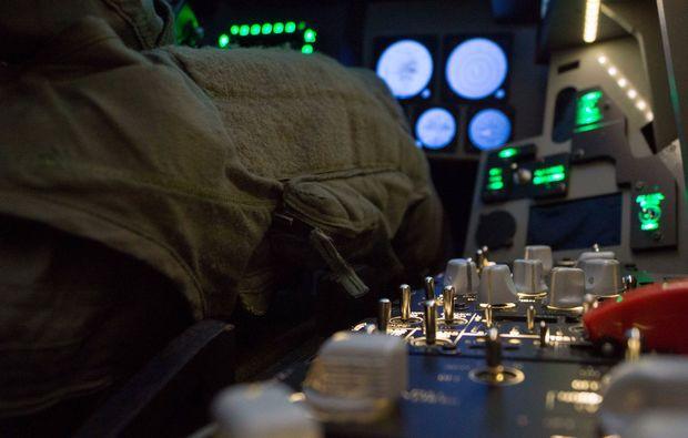 flugsimulator-zuerich-kontrolle