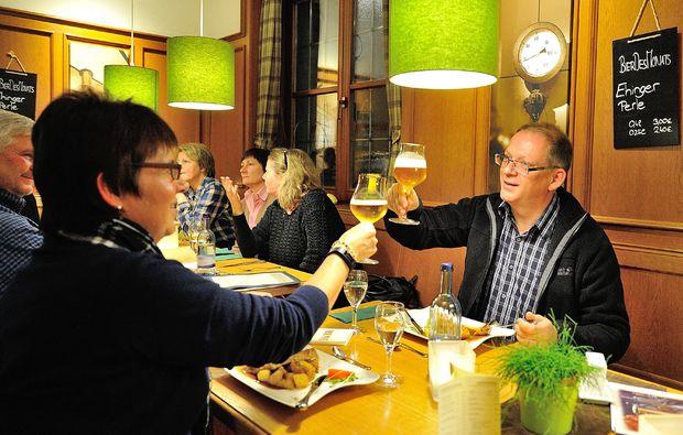 kurztrip-fuer-bierliebhaber-fuer-zwei-ehingen-feiern