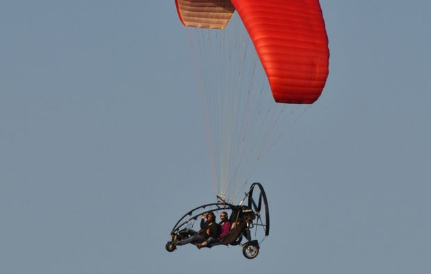 hasenmoor-motorgleitschirm-rundflug