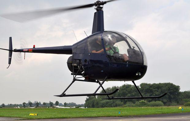 hubschrauber-selber-fliegen-landshut-20min-hbs-schwarz-1