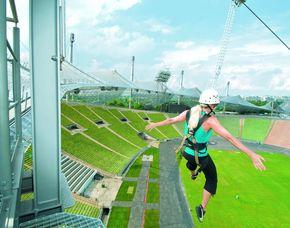 München beflügelt Flying Fox vom Olympiastadion-Dach und Bierdegustationsmenü