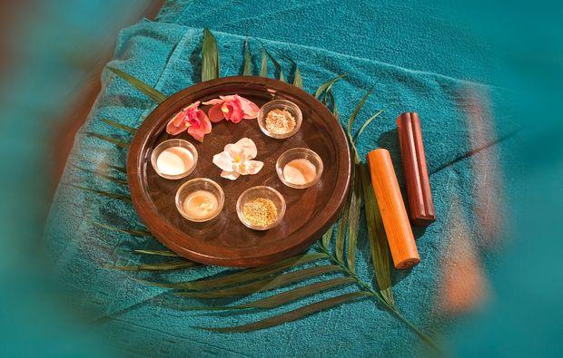 ayurveda-ganzkoerpermassage-bad-schlema