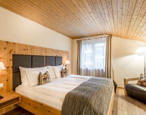 Design und Luxus Hotels - 1 ÜN La Val Hotel & Spa**** S - 4-Gänge-Menü, Wanderrucksack