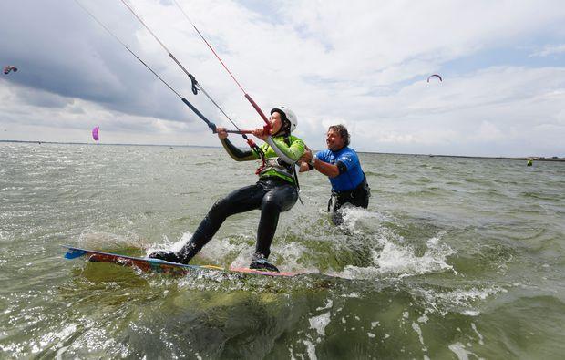 kitesurfen-fehmarn-surfen