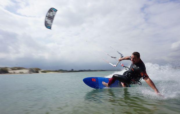 kitesurfen-fehmarn-surfkurs