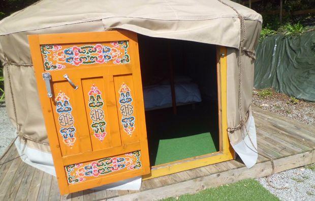 uebernachtung-guillac-jurte