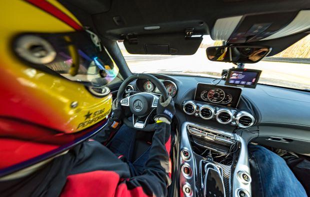 renntaxi-hockenheim-cockpit
