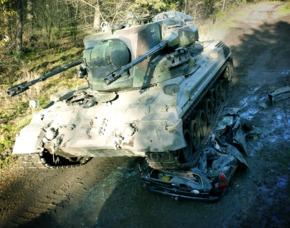 panzer-auf-auto