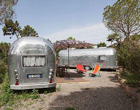 Pernottamento in caravan In einem Caravan im Stil der alten US-amerikanischen Modelle