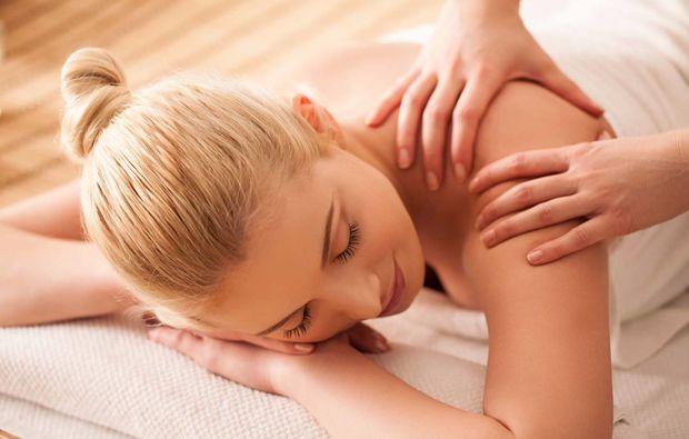 ganzkoerpermassage-kaufering-wellness