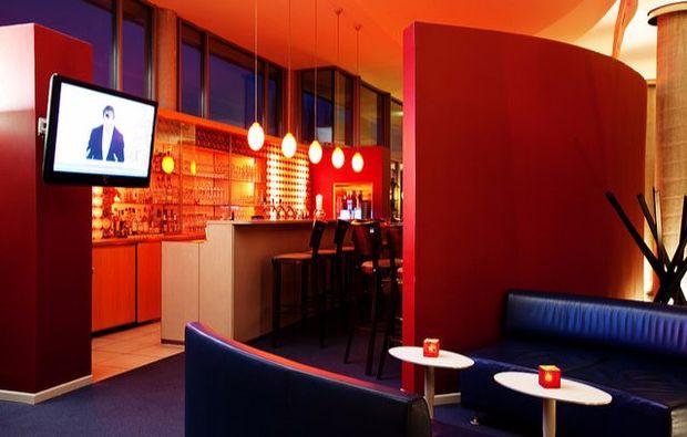 kurzurlaub-potsdam-hotel-bar
